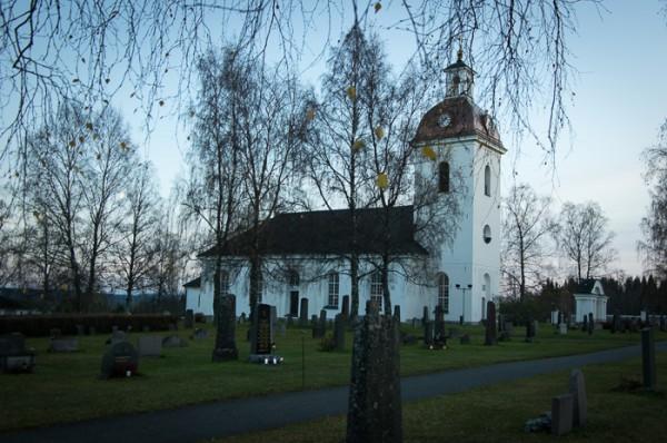 Lockne kyrka